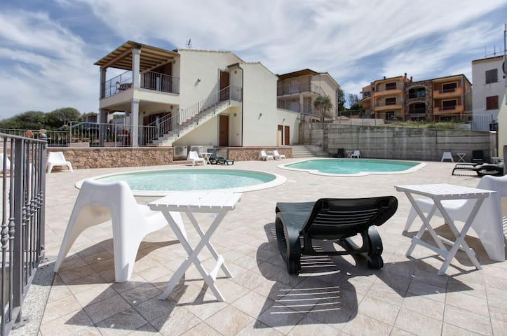 Gallura Family Apartments, Sail - badesi - Apartament
