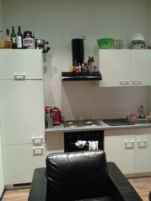 Küchnische im Wohn- und Schlafzimmer