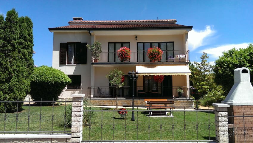 Apartment Diana - Pazin