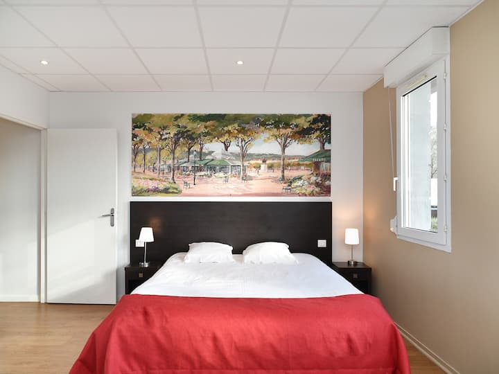 Apartment-Comfort-Ensuite with Bath-Park View-Appartement de luxe