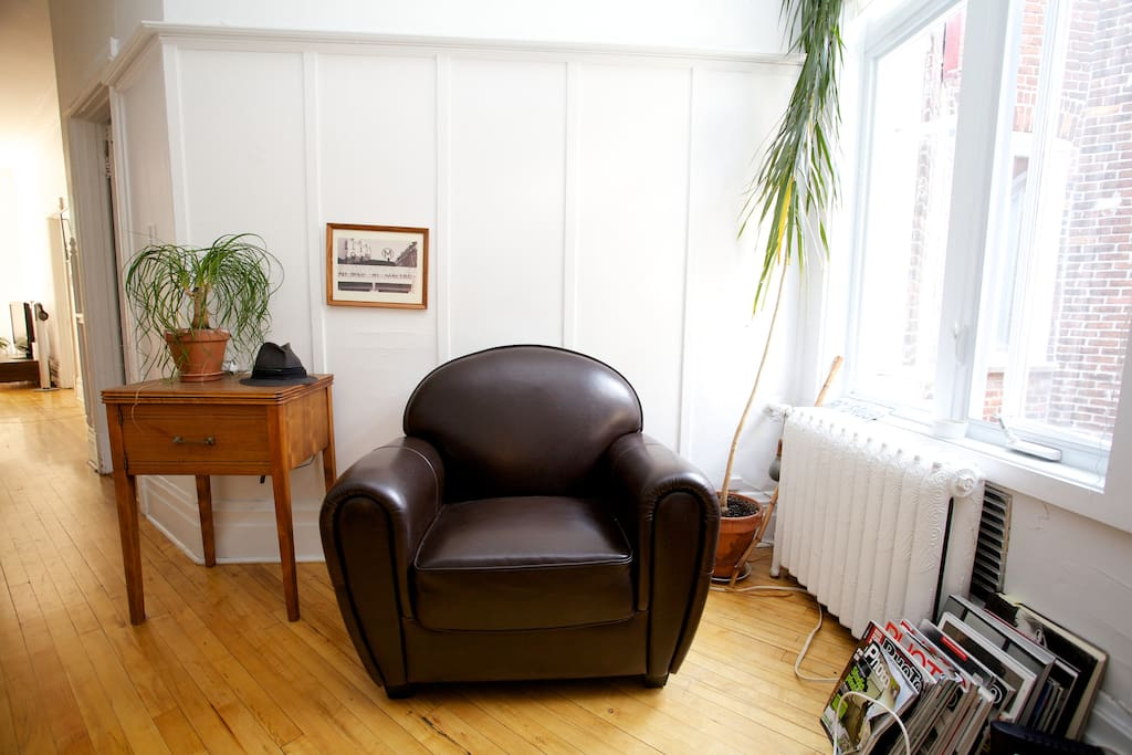 Nice large bedroom in Outremont