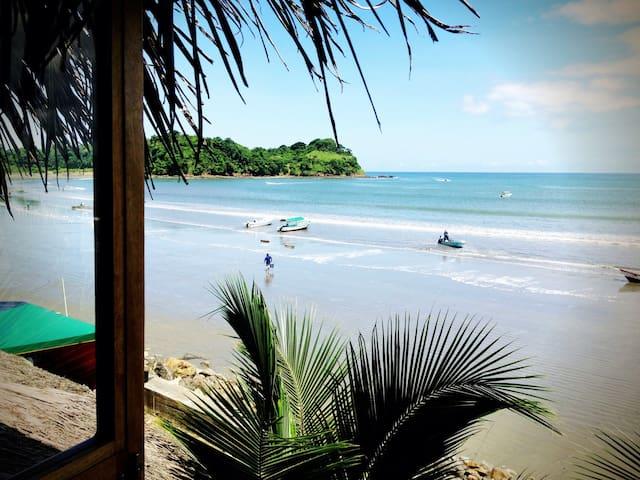 La Jungla Bungalows- Kiribati Beach - Mompiche - Huis