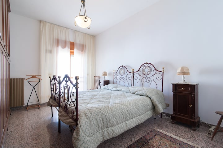 """Holiday in the """"Ombelico of Salento"""