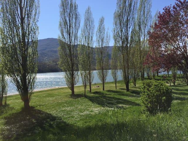 Vacanze e relax sul Lago del Salto - Borgo San Pietro - Rumah