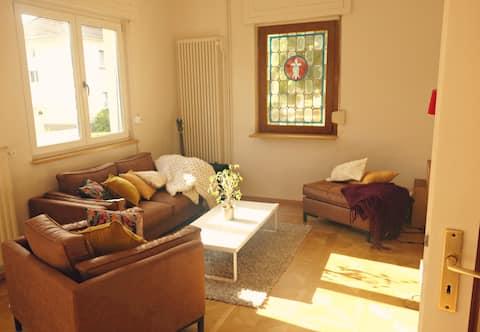 Charmant oud gerenoveerd huis, perfect voor kinderen !