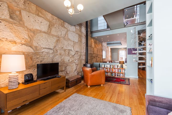 2 suite apt in downtown Porto