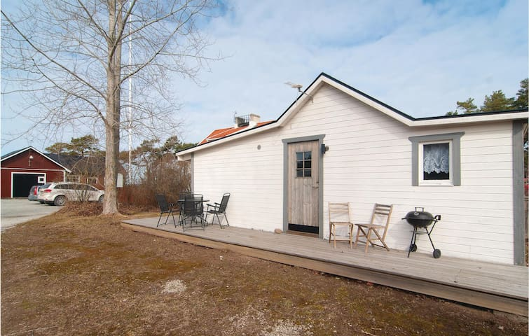Holiday cottage with 1 bedroom on 36m² in Visby