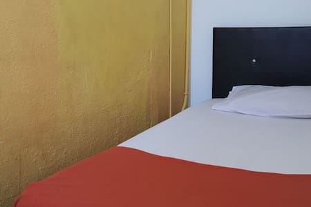 Single Room Private - George Town