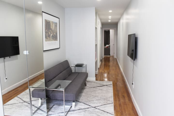 Jan Discount! Beautiful Apartment for 3 in NYC
