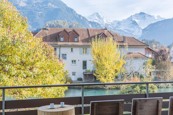 Riverside, Interlaken West