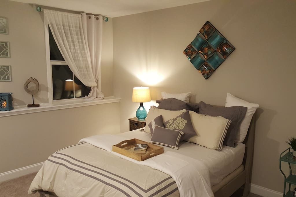 Castleberry Suite Prefect For The Traveler Houses For