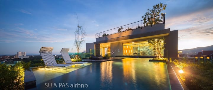 Luxurious condo in the Astra Chiang Mai