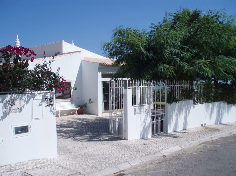 The Villa A vivenda
