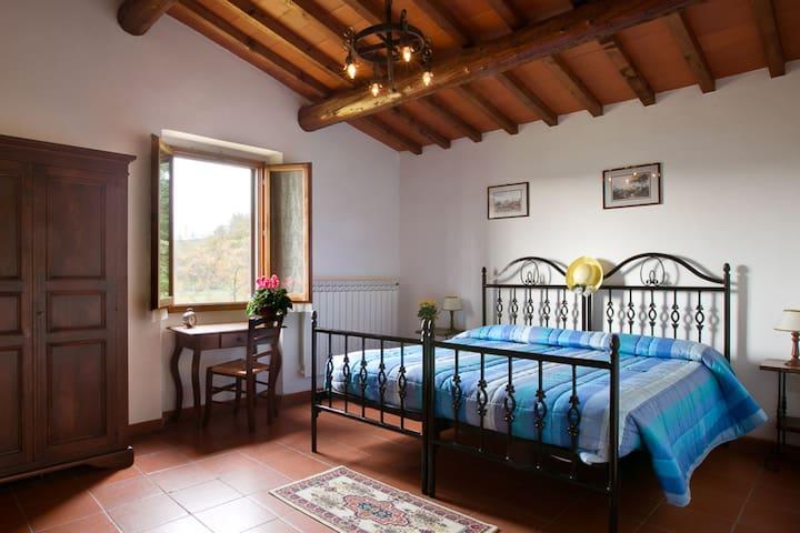 LUIGI's-Fattoria and Park Della Nave