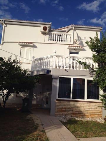 Apartment Marica (17061-A2)