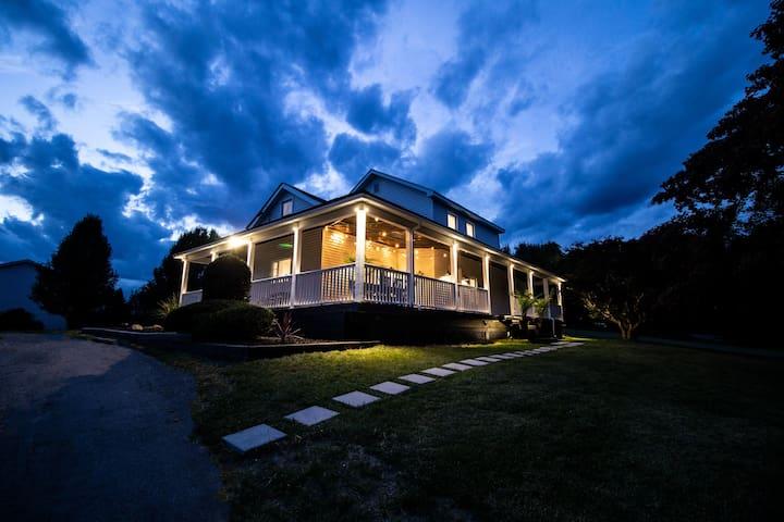 Modern Rustic Hudson Valley Farmhouse