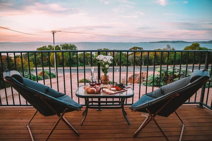 Shelley Beach Villa 1  Sea views - No cleaning fee