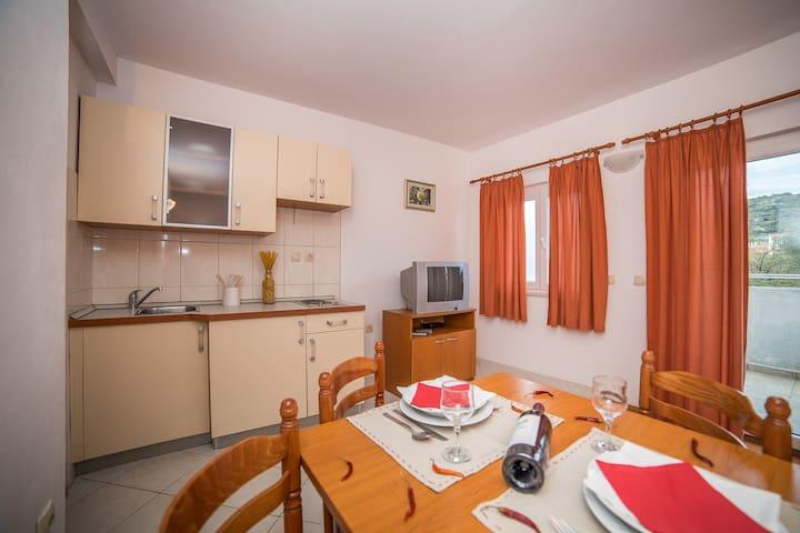 Villa Albatros - Apartment 2 (2+2) - Vinišće - Appartement