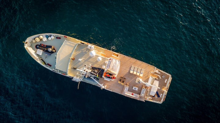 Unique accomodation experience,Yacht in Valencia!