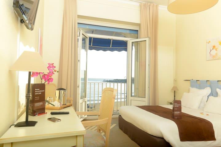 Chambre double vue mer à Royan
