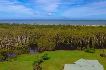 5 Acre, a hidden paradise at Forrest Beach