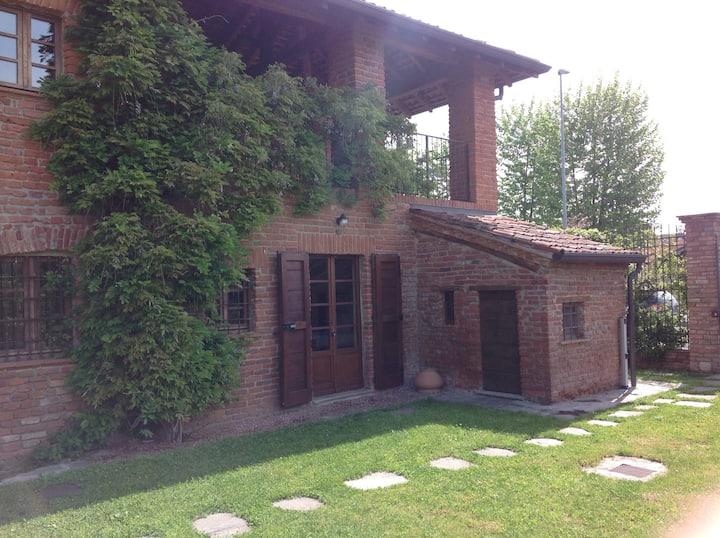 Stupendo nel verde, vicino a Milano
