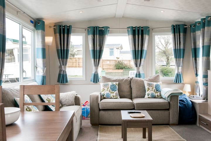 Seaside Holiday Caravan Ladram Bay - Otterton, Budleigh Salterton - Casa