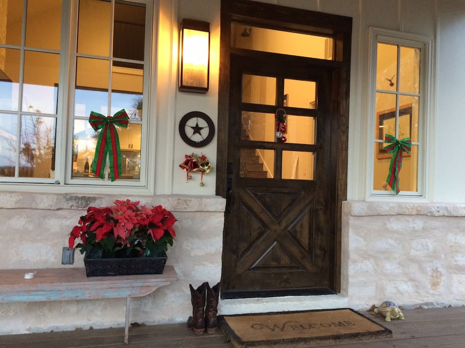 Holidays at Monticello Cottage