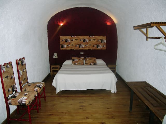 Casa Cueva La Tala con Jacuzzi - Guadix