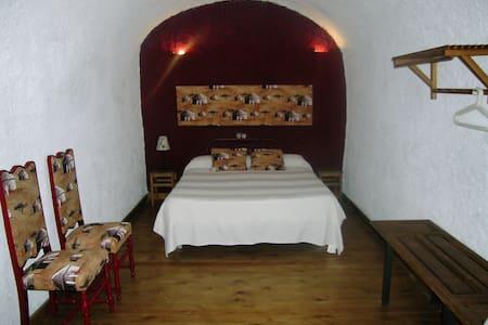 Casa Cueva La Tala con Jacuzzi - Guadix - Grotta