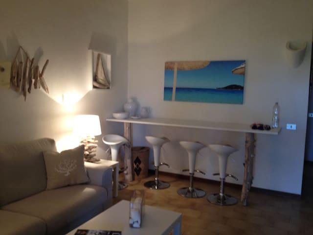 Bella casa sarda in residence - Baja Sardinia - House