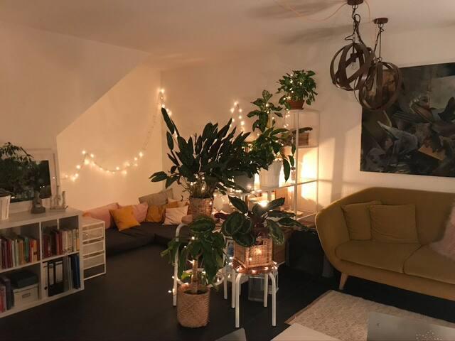 Bright Maisonette Apartment on the 5th Floor