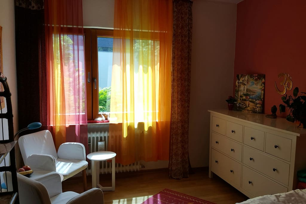 cosy room in colorful flat apartments for rent in konstanz baden w rttemberg germany. Black Bedroom Furniture Sets. Home Design Ideas