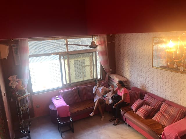 Indian family local Homestay in City Centre AirCon