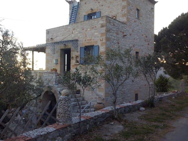 Σπιτικό Μαρίας/ Spitiko (=home) Marias