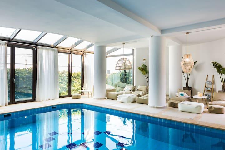 Odyssey Luxury Home & Spa