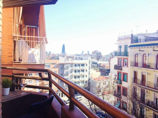 Nice room close to Sagrada Familia | + Breakfast