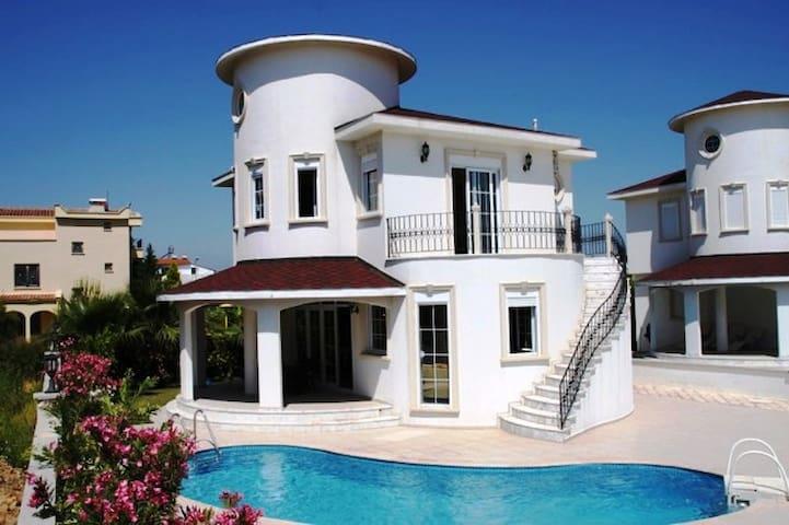 Bella Villa-Belek - Belek