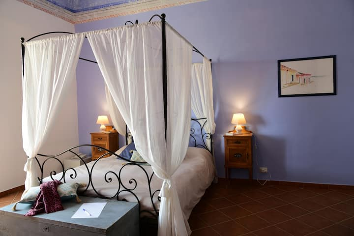 Charming room a few steps from Etna and Taormina