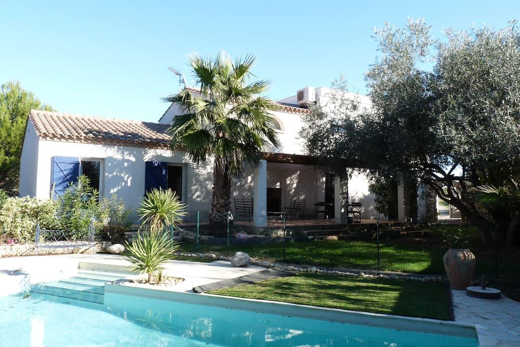 spacieuse villa moderne av piscine ville in affitto a salles d aude linguadoca rossiglione
