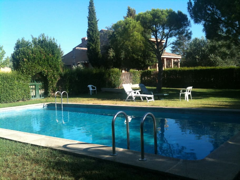 Finca el arca casa rural con piscina houses for rent in for Lugares con piscina para pasar el dia