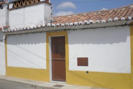 Casa Rústica / Old Fashion Home  - Ponte de Sôr