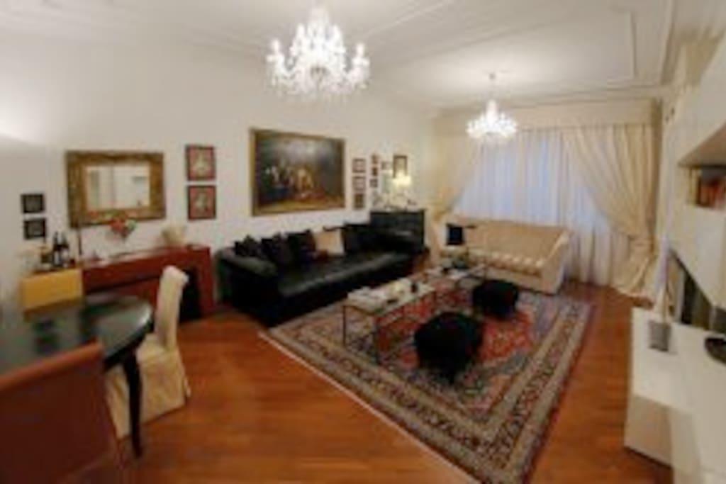 500 sq. feet living room