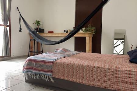 Cozy/Room/Mérida/Yucatan/Chichenitza/Gineres/ - Mérida