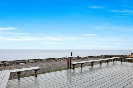 Oceanfront Staycation Retreat at Sandy Point