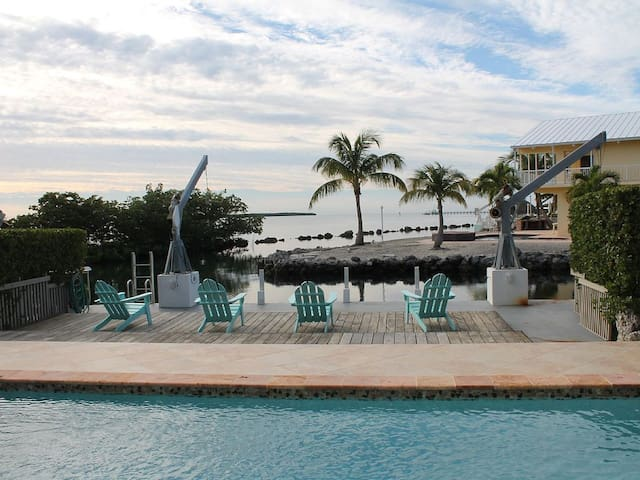 Islamorada Ocean Front Pool Home w/Deep Water Dock