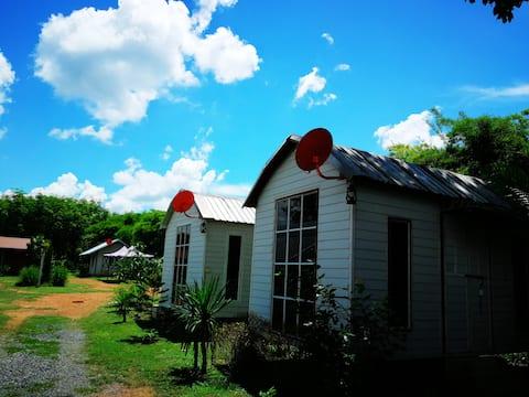 Saengcha Farm Resort -Barn House Bungalow Standard
