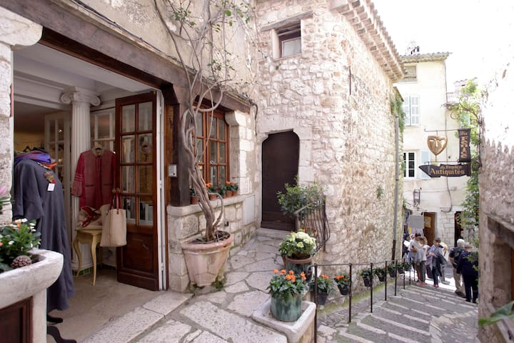 Maison pittoresque St Paul de Vence