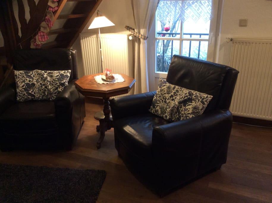 Gemütliche Sessel die zum Verweilen einladen