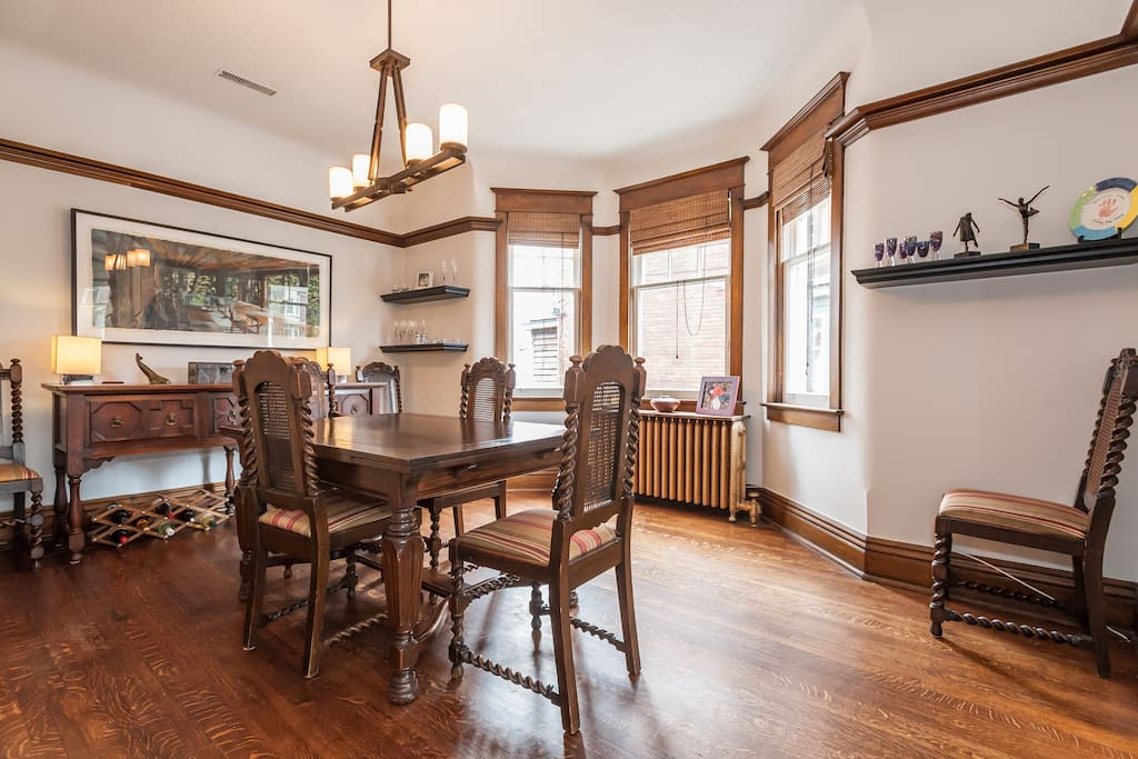 Formal Dining Room - Seats 8
